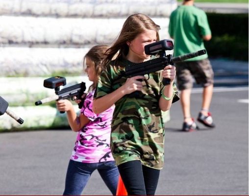 laser tag girls